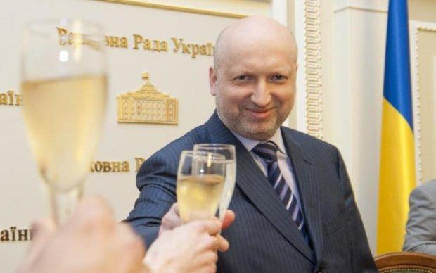 Турчинов показав свій план деокупації Донбасу