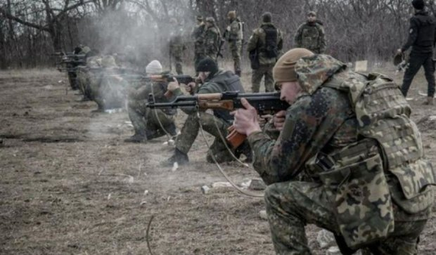Террористы 12 раз обстреляли Широкино