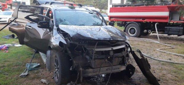 Під Львовом вибухнула машина разом з водієм - нещасний не встиг навіть пискнути