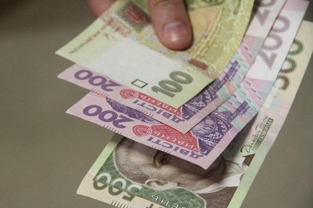 Курс гривны на 2019 год: украинский бизнес озвучил неутешительный прогноз