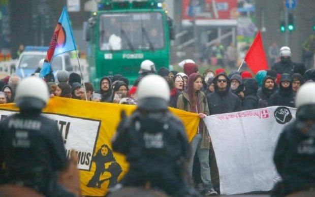Правые популисты вызвали кровавые столкновения в Германии
