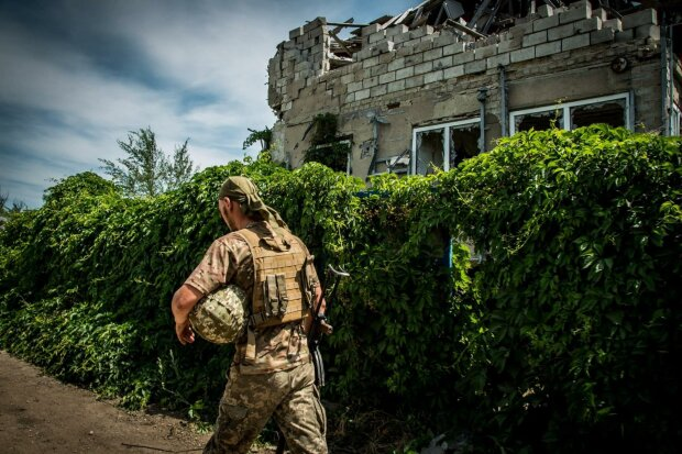 """Підземна сотня: скільки """"вантажів 200"""" відвезли бойовики до Путіна за літо"""