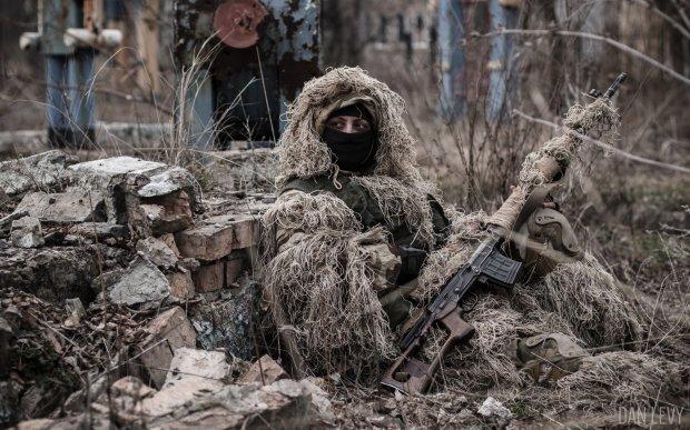 Чергова перемога українських снайперів: у мережі з'явилося відео ліквідації бойовика