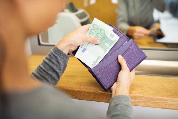Курс доллара на 31 июля подарит гривне второй шанс