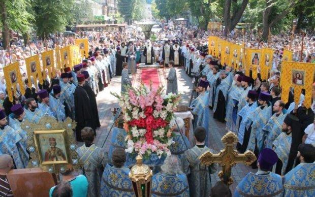 Одеса відмовилася від Хресного ходу на 9 травня через провокації