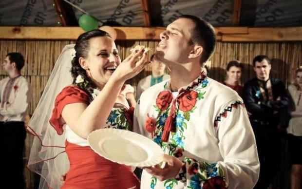 Украинская свадьба установила рекорд. Результатом поделятся с воинами