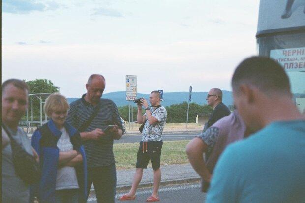 Люди на улице, фото: Telegram