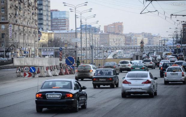 """""""Мавпа з гранатою"""": дніпровська автоледі підтвердила популярний жарт одним відео"""