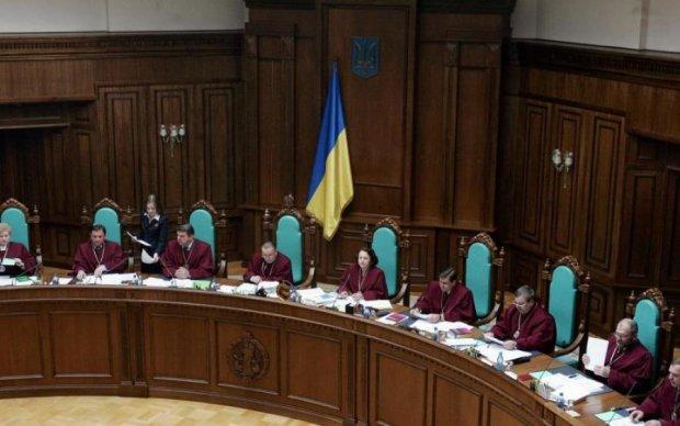 """Помилочка вийшла: як """"відмазуються"""" судді часів Януковича"""