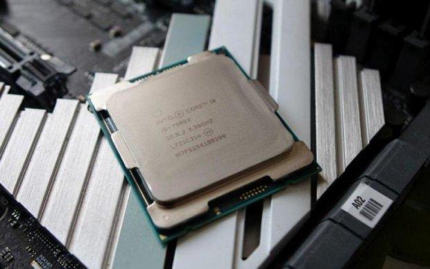 Apple кусает локти: Intel показал самый мощный процессор