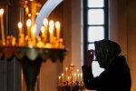 Інфікована Covid-19 парафіянка могла заразити десятки прихожан церкви на Закарпатті