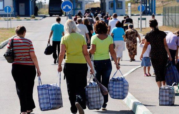 Страшная жизнь украинских заробитчан: низкая зарплата, плохое отношение и отсутствие выходных