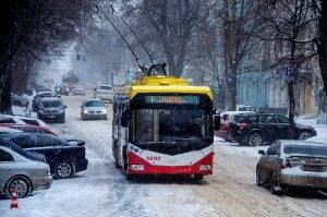 """Хмельницкие троллейбусы отказались от льготников, уже с нового года: """"Что хотите делайте"""""""