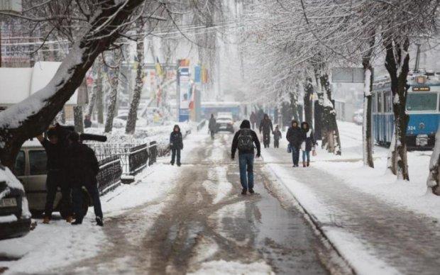 Патріотичний маразм: у Вінниці знову зазіхнули на вічне