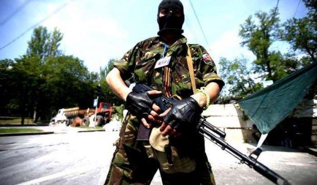 """У Мукачевому стріляли проросійські бойовики - """"Правий сектор"""""""
