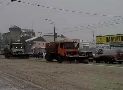 Харьков накрыл мощный снегопад после похорон Кернеса: лучше не высовываться