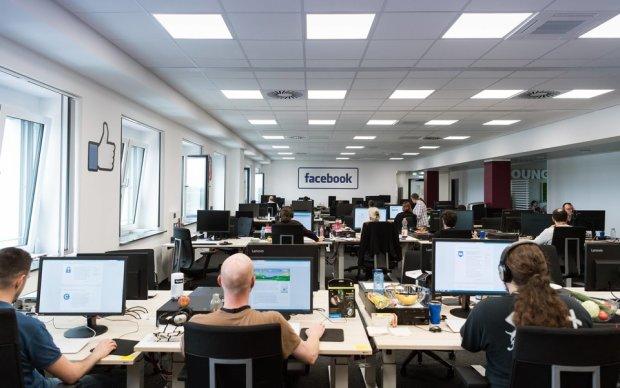 Віддав Богу душу прямо на роботі за комп'ютером: світу показали умови праці в Facebook