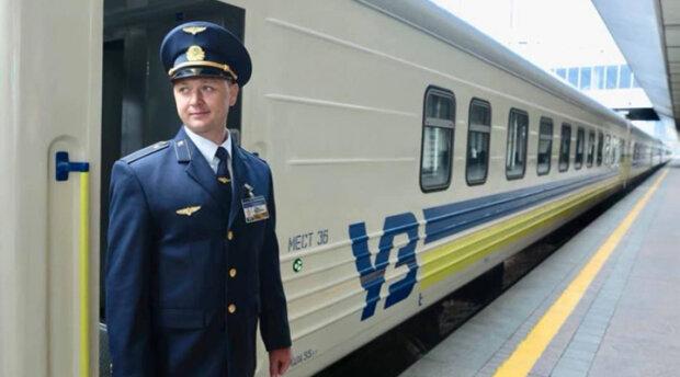 """Вчіть державну: одеських залізничників через суд зобов'язали обслуговувати пасажирів """"солов'їною"""""""