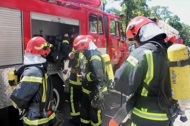 Пожежники не встигли: у Львові вогонь забрав життя жінки