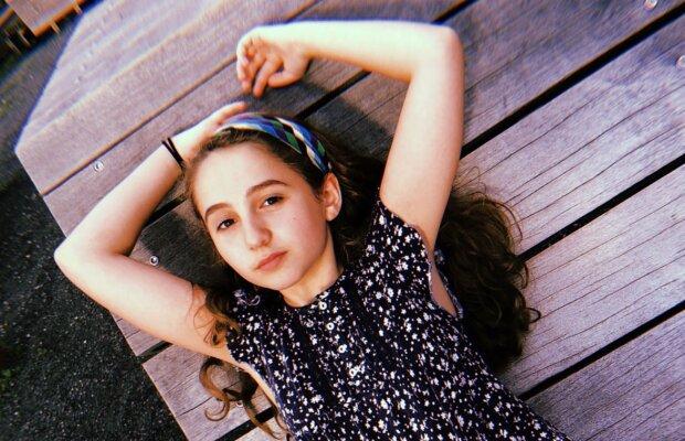 Дебютировала вместе с Йоханссон: 13-летняя звезда Бродвея внезапно умерла при странных обстоятельствах