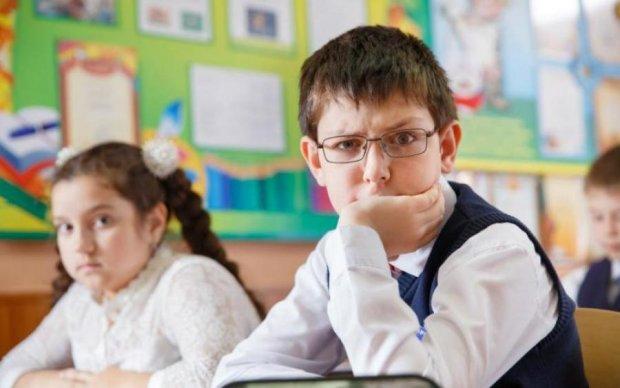 Київські вчителі зганьбили українську мову на весь світ