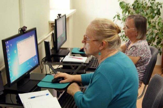 В Україні запрацювала електронна система пенсій: як розібратися у нових правилах