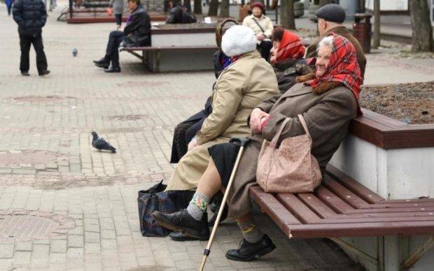 Сказку Гройсмана о средней пенсии уничтожили всего одним вопросов