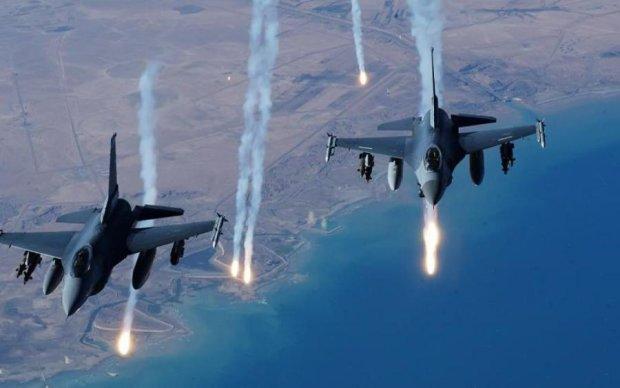 Пентагон заявив, що їхні літаки атакували