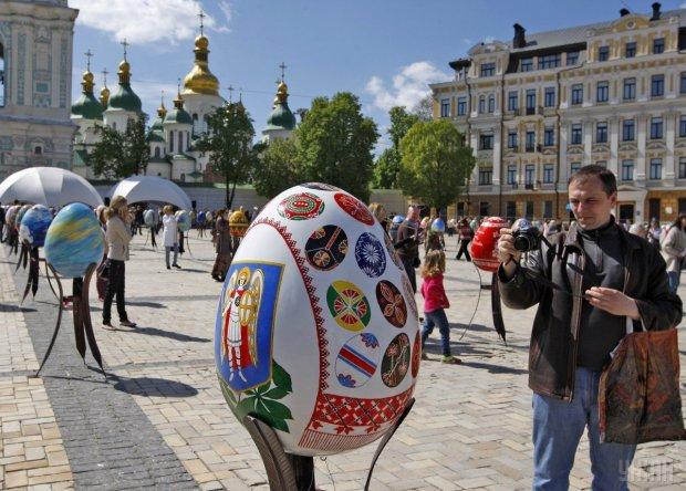 Погода після Великодня: несподіваний прогноз синоптика змінить всі плани українців