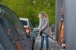 Ціни на українських АЗС неочікувано злетіли, як дорого обійдеться заправити авто