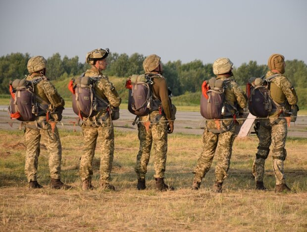Подбили десятки танков Путина: украинцам показали подвиги ВСУ на Донбассе
