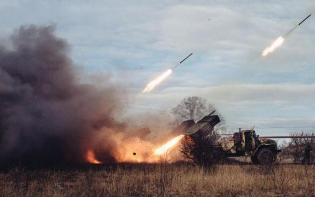 Головне за ніч: бійня на Донбасі та здорожчання комуналки