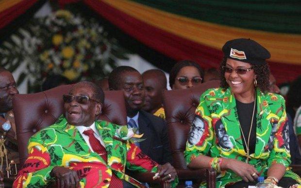 Янукович плачет: приближенные Мугабе показали настоящую роскошь