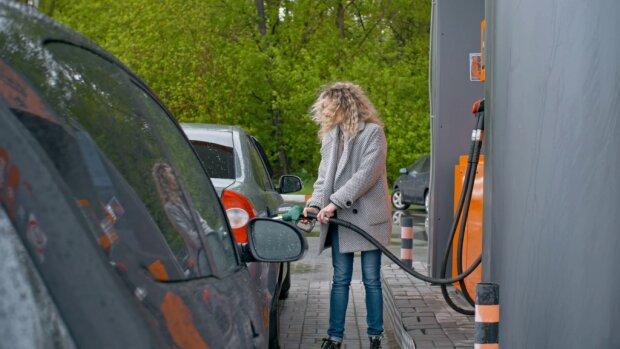 Цены на украинских АЗС неожиданно взлетели, как дорого обойдется заправить авто