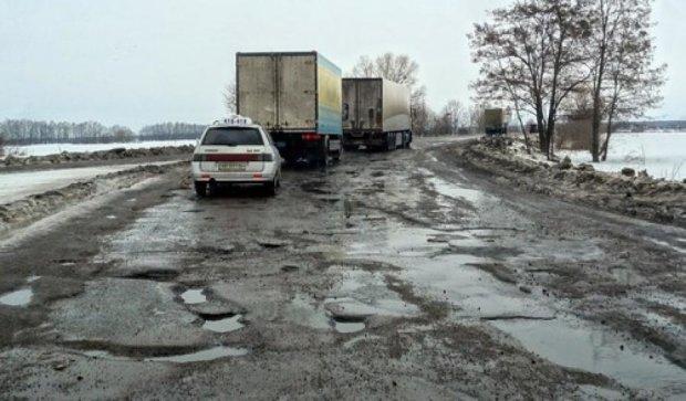 Украинские дороги к зиме готовы только на треть - «Укравтодор»