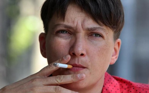 Воно ж не просихає: дивна поведінка Савченко потрапила в об'єктив
