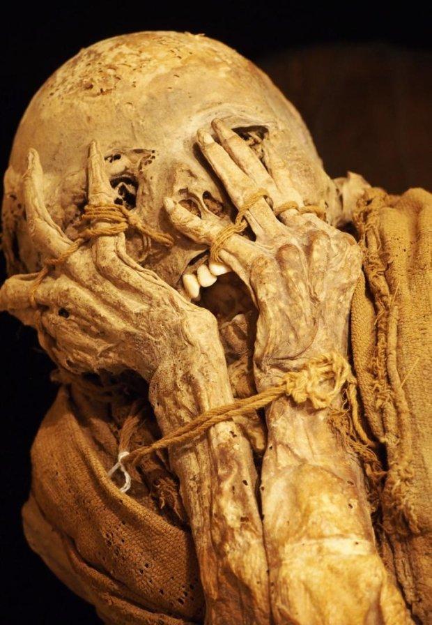 Лагуна Кондорів: про що мовчить найбільше поховання інків
