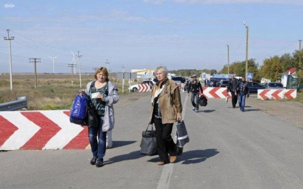 Сусідня країна посміхнулася українським заробітчанам, і це не Польща
