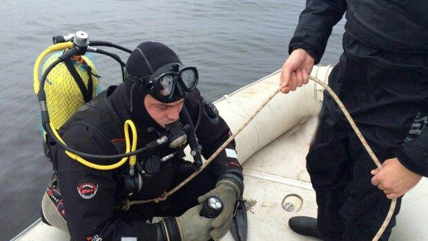 Рыбалки в Киеве вместо добычи поймали человеческую голову в пакете