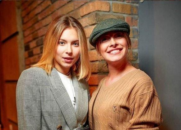 Карантинний випускний доньки Олени Кравець: українці нагадали про дорослішання Маші