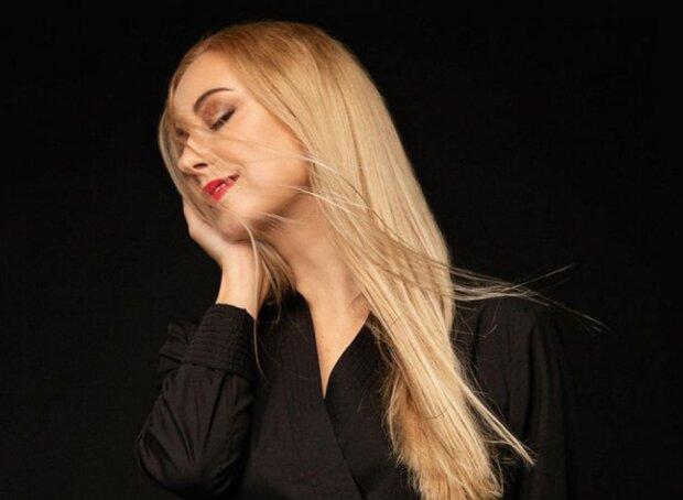 Тоня Матвиенко очаровала фото подрастающей дочери Арсена Мирзояна: копия Нины