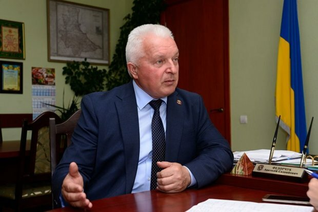 """В Борисполе на злосчастном переходе сбивают детей, пока мэр Федорчук плюет на установку светофора: """"Хоть капля совести есть?"""""""