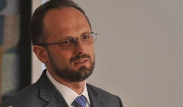 Порошенко замінив Безсмертного, щоб провести вибори на Донбасі
