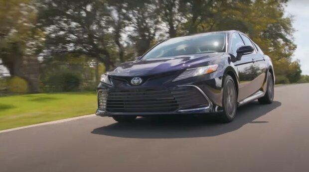 автомобіль, скріншот з відео