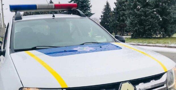 Автомобіль поліції, фото ілюстративне: Facebook поліція Івано-Франківської області