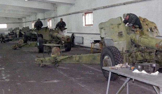 """Рівненські ремонтники продовжують забезпечувати """"богів війни"""" (фото)"""