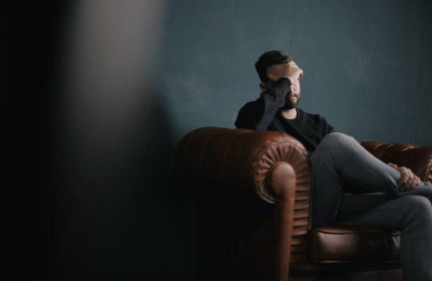 Які знаки Зодіака ховають себе живцем: тотальний контроль, песимізм та зайвий драматизм