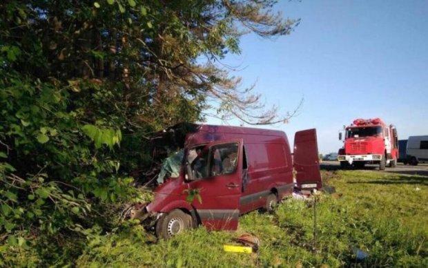 Автобус з українцями розбився в Росії