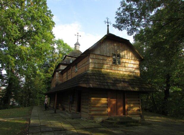 """Церква святого Миколая, фото """"Локальна історія"""""""
