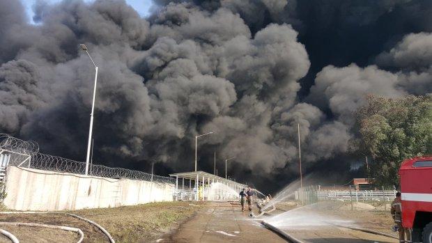 Киев в огне: жуткий пожар поставил на уши столицу, жители в панике